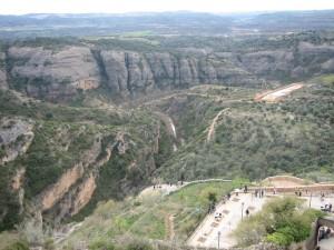 Alquézar ajoute cinq kilomètres à sa «route des passerelles » variante GR1